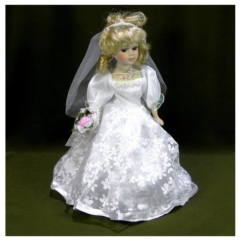 Porcelánová bábika v svadobných šatách