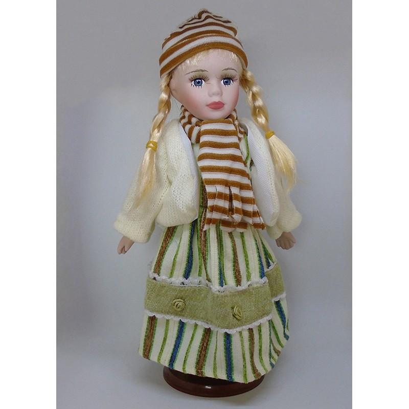 Porcelánová bábika Božena 32