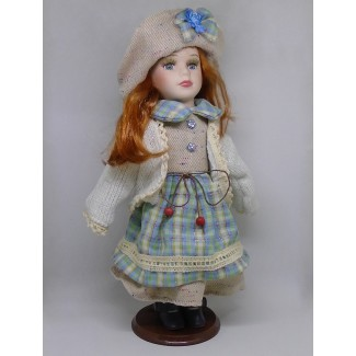 Porcelánová bábika Antónia 32