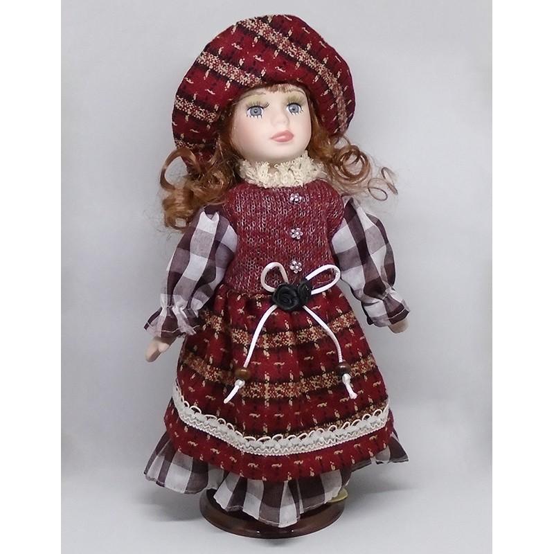 Porcelánová bábika Monika 32