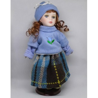 Porcelánová bábika Slávka 32