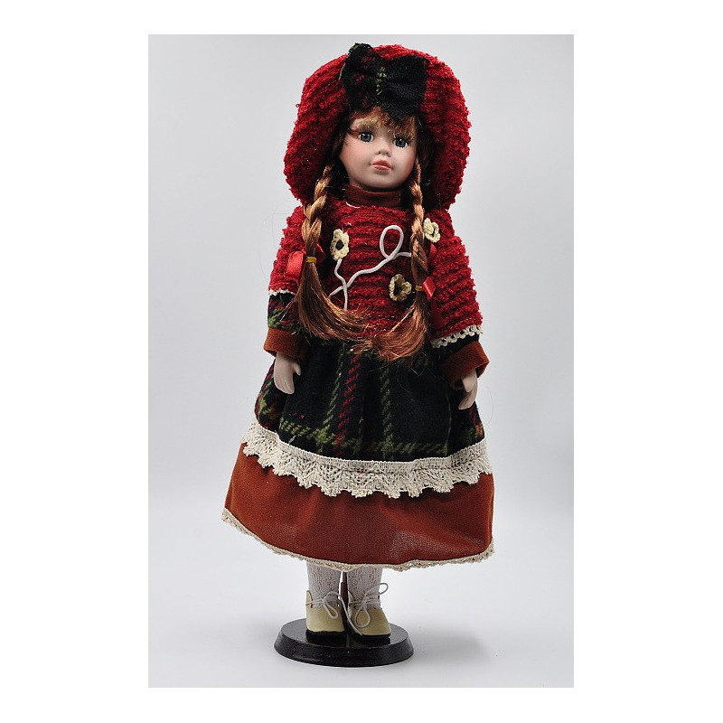 Porcelánová bábika Emília 40