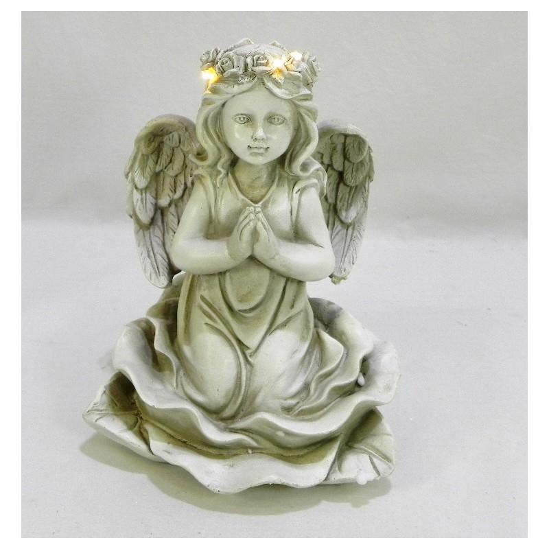 Modliaci sa anjel s LED