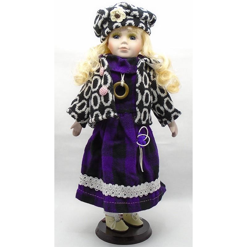 Porcelánová bábika Ivana 40