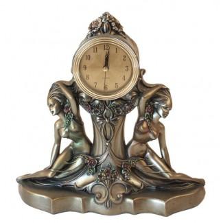 Stolové hodiny dve ženy