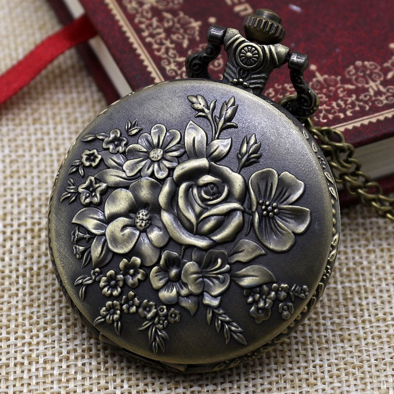 Vreckové hodinky kvitnúce kvety