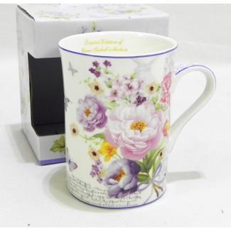 Porcelánový hrnček vzor kvety a motýliky