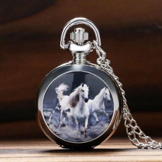 Vreckové hodinky biele cválajúce kone