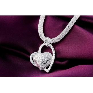 Náhrdelník spojené srdcia